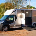 RS2 horsebox
